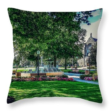 Summer In Juckett Park Throw Pillow
