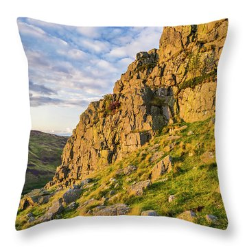 Summer Light On Housey Crags Throw Pillow