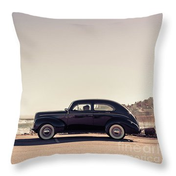 Throw Pillow featuring the photograph Sunday Drive To The Beach by Edward Fielding