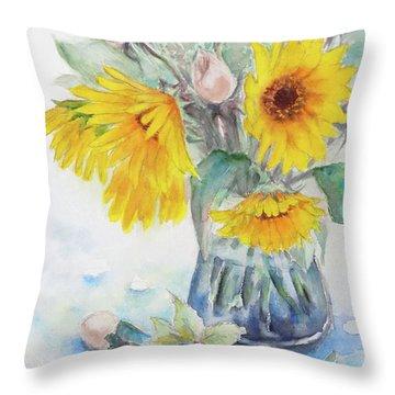 Sunflower-4 Throw Pillow