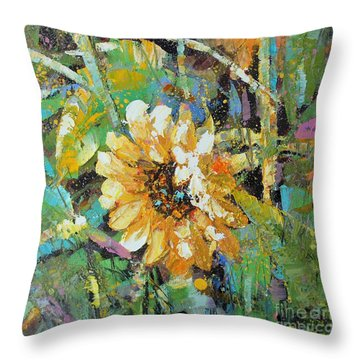Sunflower I Throw Pillow
