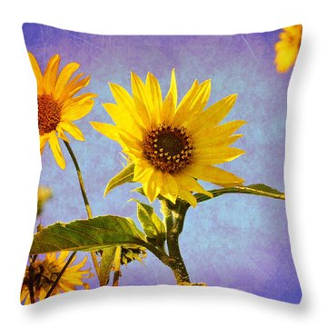 Throw Pillow featuring the photograph Sunflowers - The Arrival by Glenn McCarthy Art and Photography