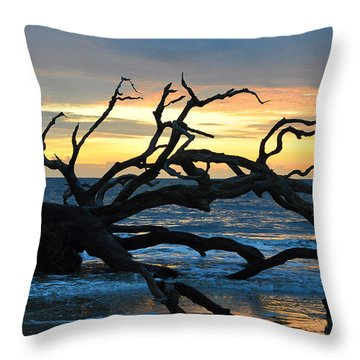 Sunrise At Driftwood Beach 1.1 Throw Pillow