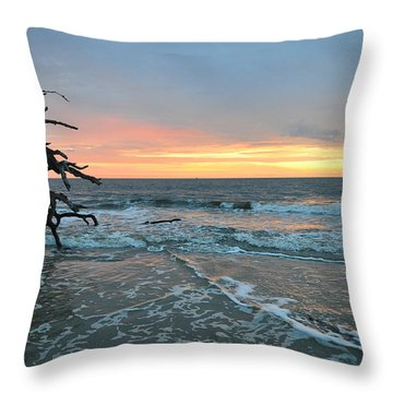 Sunrise At Driftwood Beach 1.3 Throw Pillow