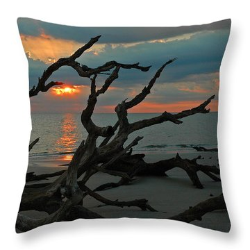 Sunrise At Driftwood Beach 2.2 Throw Pillow