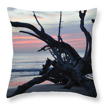 Sunrise At Driftwood Beach 5.1 Throw Pillow