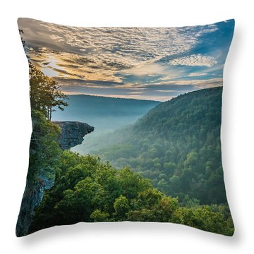 Sunrise At Hawksbill Crag Throw Pillow