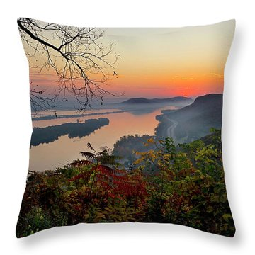 Sunrise At Homer, Mn Throw Pillow