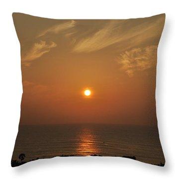 Sunrise At Kanniyakumari 2 India Throw Pillow
