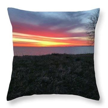 Sunrise At Lake Sakakawea Throw Pillow