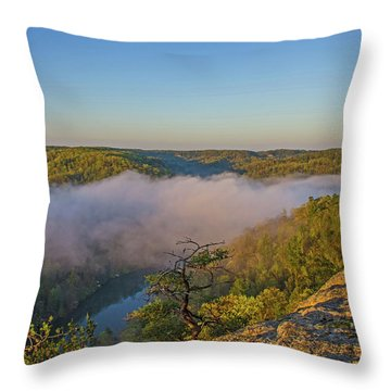 Sunrise At Mill Creek Lake. Throw Pillow