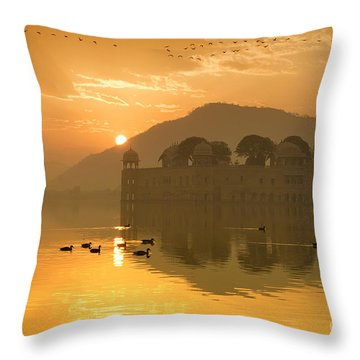 Throw Pillow featuring the photograph Sunrise At Water Palace by Yew Kwang