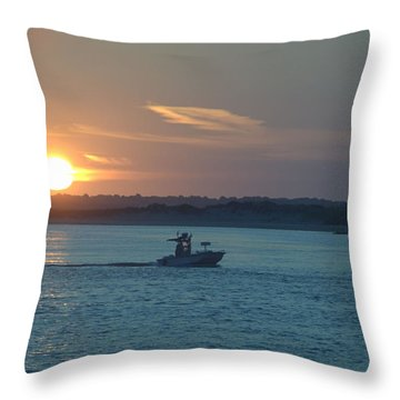 Sunrise Bassing Throw Pillow
