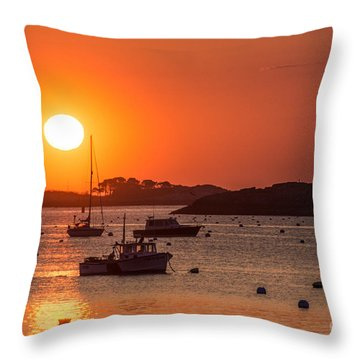 Sunrise From Lee Street Throw Pillow