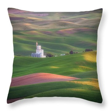 Sunrise From Steptoe Butte. Throw Pillow