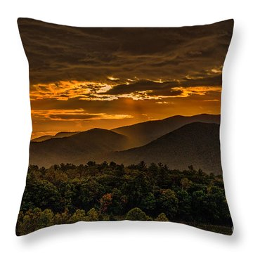 Sunrise In Cades Cove Great Smoky Mountains Tennessee Throw Pillow