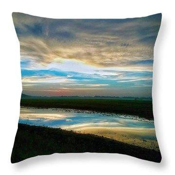 Sunrise In Doniphan Kansas Throw Pillow by Dustin Soph