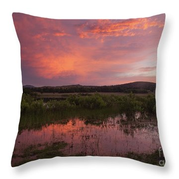 Sunrise In The Wichita Mountains Throw Pillow by Iris Greenwell