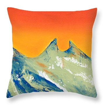 Sunrise La Silla Throw Pillow