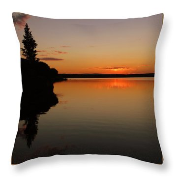 Sunrise On Heart Lake Throw Pillow