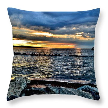 Sunrise On The Rocks Throw Pillow