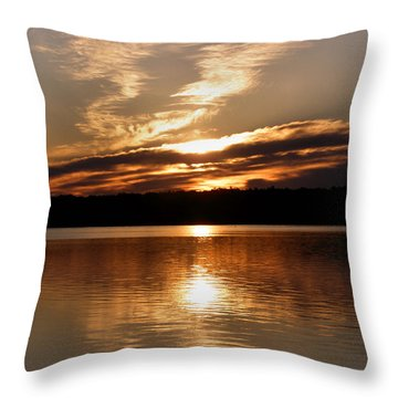 Sunrise On The Turtle Flambeau Flowage Throw Pillow