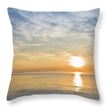 Sunrise Over Lake Michigan In Chicago Throw Pillow