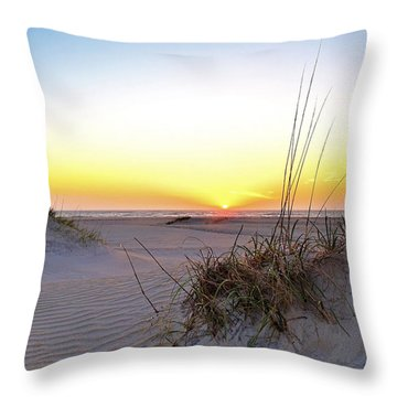 Sunrise Over Pea Island Throw Pillow