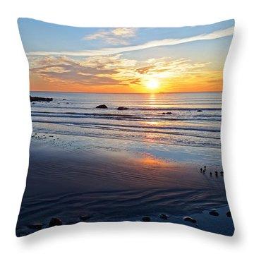 Sunrise Over Red Rock Park Lynn Shore Drive Throw Pillow