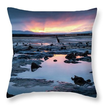 Sunrise Over The Bronze Age Sunken Forest At Borth On The West Wales Coast Uk Throw Pillow