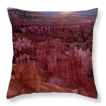 Sunrise Over The Hoodoos Bryce Canyon National Park Throw Pillow