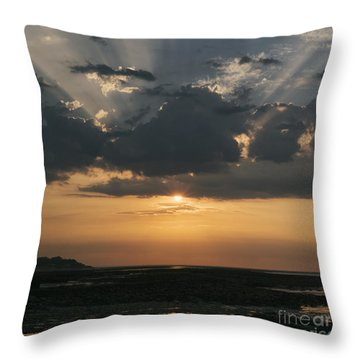 Sunrise Over The Isle Of Wight Throw Pillow