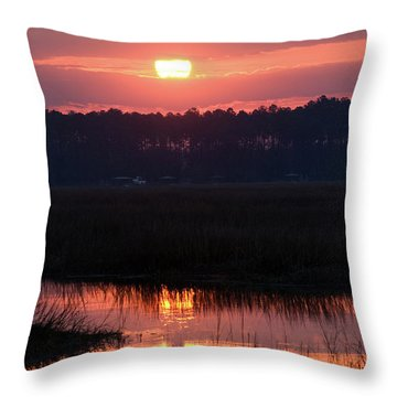 Throw Pillow featuring the photograph Sunrise Over The River by Margaret Palmer
