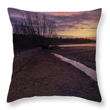 Sunrise, Rutland Water Throw Pillow