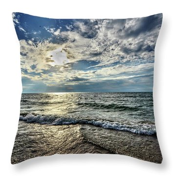 Sunset 32 Throw Pillow