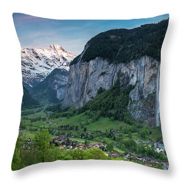 Sunset Above The Lauterbrunnen Valley Throw Pillow