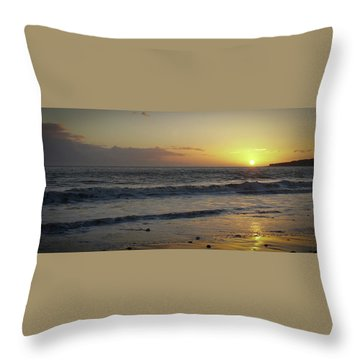 Sunset At Barry Throw Pillow