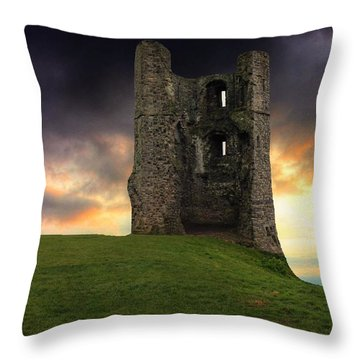 Sunset At Hadleigh Castle Throw Pillow