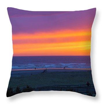 Sunset At Long Beach Washington Throw Pillow