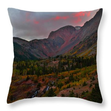 Sunset At Lundy Canyon During Autumn In The Eastern Sierras Throw Pillow by Jetson Nguyen