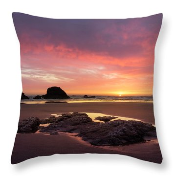Sunset At Ruby Beach Throw Pillow