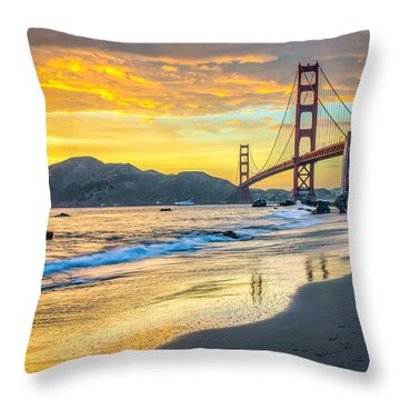 Sunset At The Golden Gate Bridge Throw Pillow