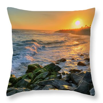 Sunset At The Wedge Throw Pillow