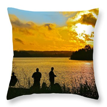 Sunset Fishermen Smith Mountain Lake Throw Pillow