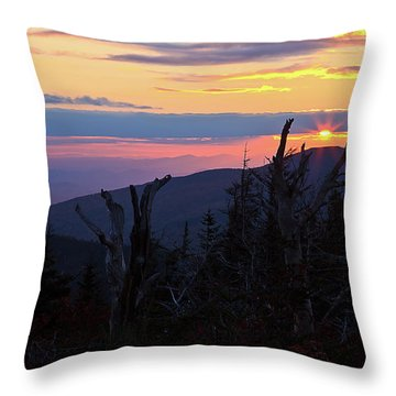 Sunset From Caps Ridge, Mount Jefferson Throw Pillow