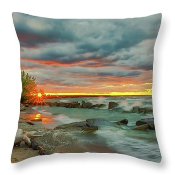 Sunset In Rocky River, Ohio Throw Pillow