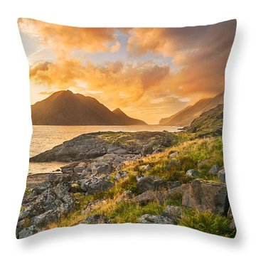 Sunset In The North Throw Pillow by Maciej Markiewicz