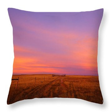 Sunset In Wyoming Throw Pillow