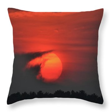 Sunset On Plum Island Throw Pillow