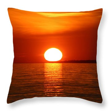 Sunset On Superior Throw Pillow
